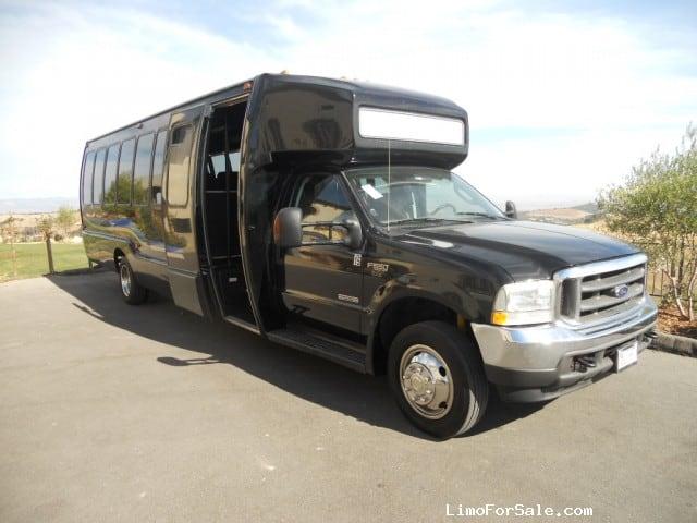 Used 2004 Ford F-550 Mini Bus Shuttle / Tour Krystal - Anaheim, California - $29,900
