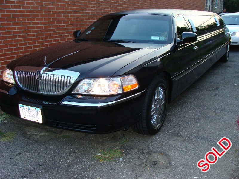 Used 2007 Lincoln Town Car Sedan Stretch Limo Krystal - NY, New York    - $10,995