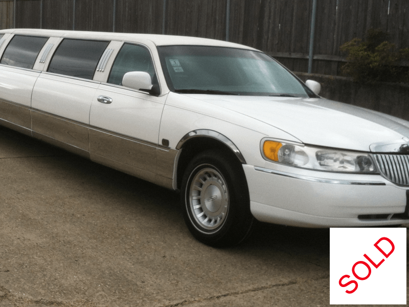 used 2000 lincoln town car sedan stretch limo lcw kenner louisiana 8 000 limo for sale. Black Bedroom Furniture Sets. Home Design Ideas