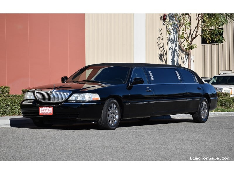 used 2003 lincoln town car sedan stretch limo krystal. Black Bedroom Furniture Sets. Home Design Ideas