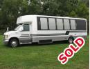 Used 2001 Ford E-450 Mini Bus Limo Turtle Top - Leesport, Pennsylvania - $17,500