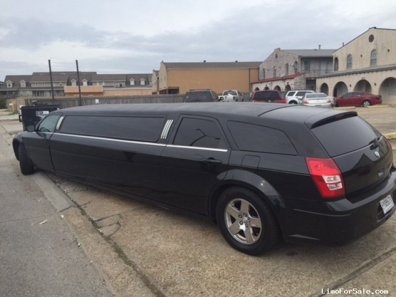 used 2005 dodge magnum sedan stretch limo springfield chalmette louisiana 15 900 limo. Black Bedroom Furniture Sets. Home Design Ideas