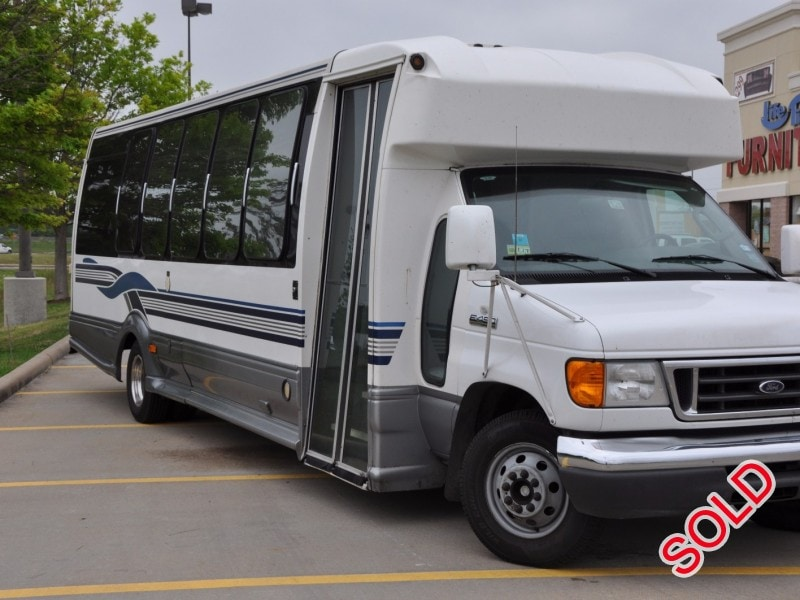 Used 2006 Ford E-450 Mini Bus Limo Turtle Top - HOUSTON, Texas - $40,000