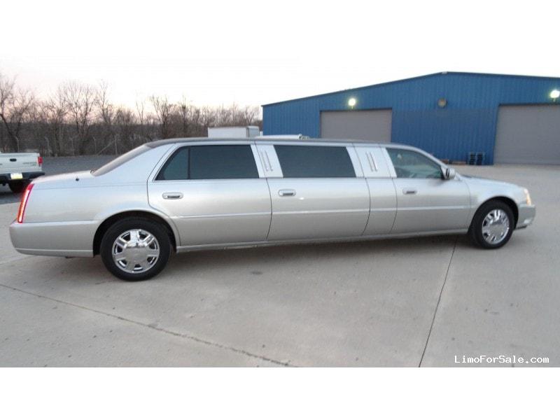 Used 2007 Cadillac DTS Sedan Stretch Limo DaBryan - Plymouth Meeting, Pennsylvania - $22,900