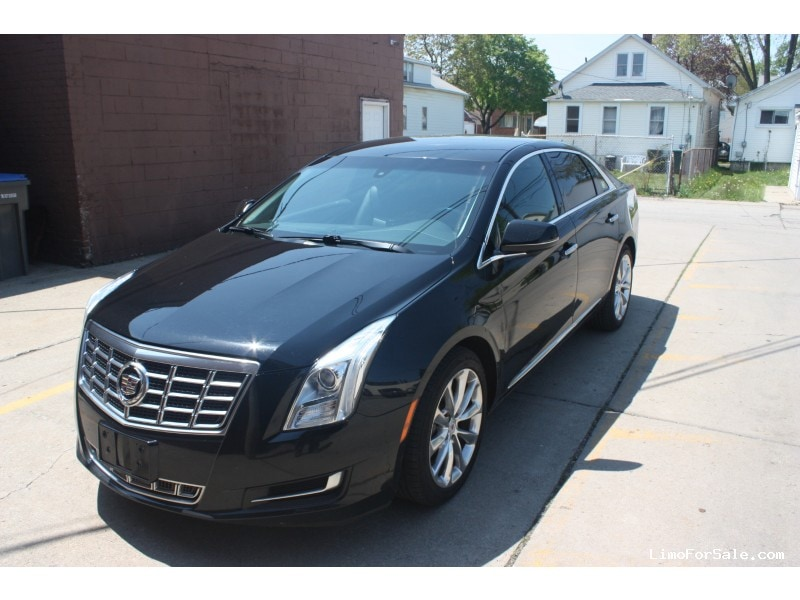 Used 2013 Cadillac Xts Sedan Limo Oem Dearborn Michigan 17 500 Limo For Sale
