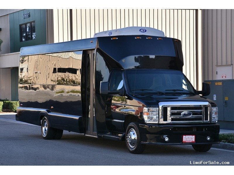 Used 2013 Ford E-450 Mini Bus Shuttle / Tour Tiffany Coachworks - Fontana, California - $47,900