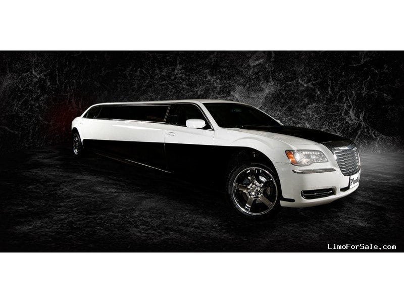 Used 2013 Chrysler 300 Sedan Stretch Limo Limo Land by Imperial - Casper, Wyoming - $50,000