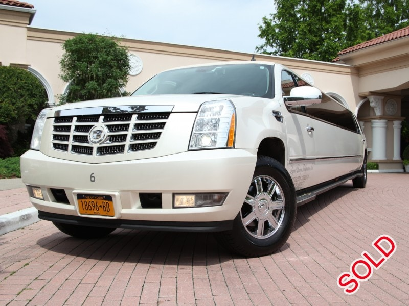 Used Cadillac Escalade Suv Stretch Limo Limos By Moonlight