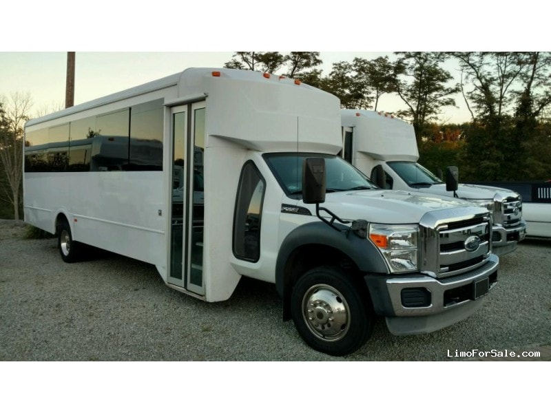 Used 2012 Ford F-550 Mini Bus Limo LGE Coachworks - North East, Pennsylvania - $85,900