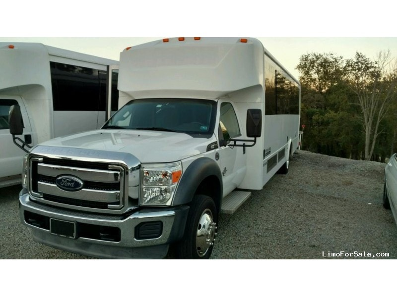 Used 2011 Ford F-550 Mini Bus Limo LGE Coachworks - North East, Pennsylvania - $79,900