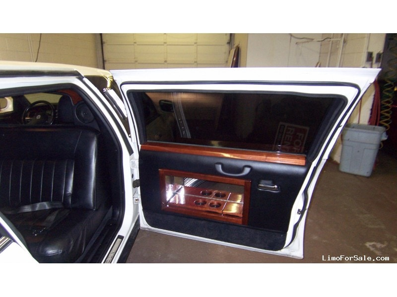 Used 2003 Lincoln Town Car Sedan Stretch Limo Dabryan Harper Woods