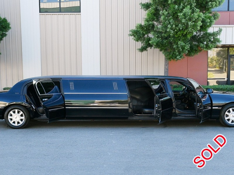 Used 2011 Lincoln Town Car Sedan Stretch Limo Executive Coach Builders - Fontana, California - $28,995