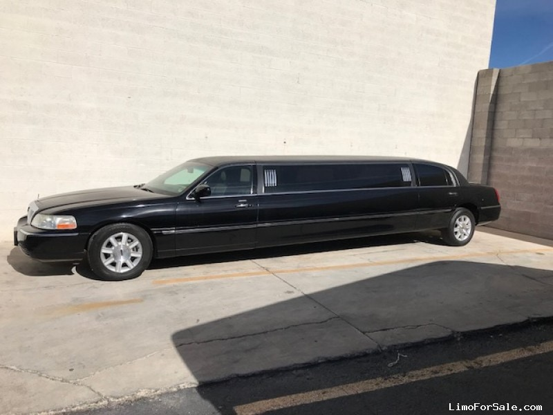 Used 2008 Lincoln Town Car Sedan Stretch Limo Krystal - LAS VEGAS, Nevada - $9,500
