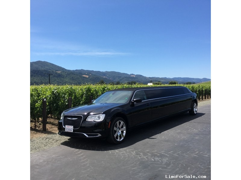 Used 2015 Chrysler 300 Sedan Stretch Limo Limos by Moonlight - San Francisco, California - $49,000