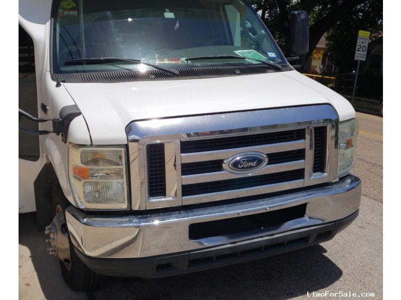 Used 2008 Ford Mini Bus Limo  - houston, Texas - $26,900