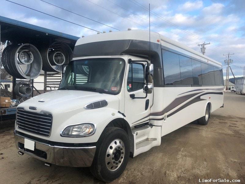 Used 2014 Freightliner M2 Mini Bus Shuttle / Tour Ameritrans - Riverside, California - $56,900