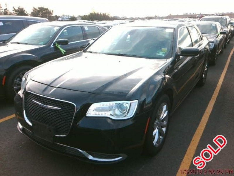 Used 2016 Chrysler Sedan Limo  - Manville, New Jersey    - $8,500