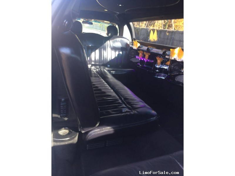 Used 2007 Lincoln Town Car Sedan Stretch Limo Royal Coach Builders - Mauldin, South Carolina    - $11,500