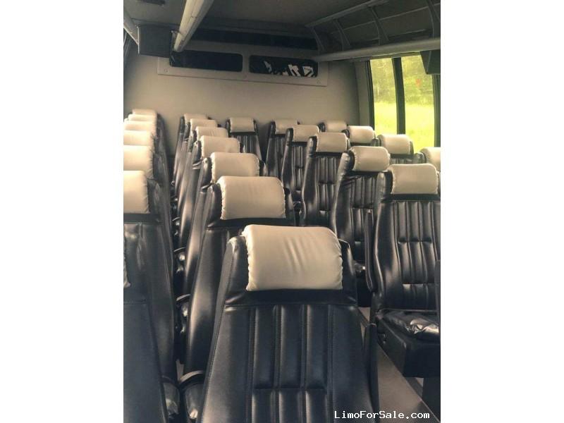 Used 2015 Ford F-550 Mini Bus Shuttle / Tour Turtle Top - Fontana, California - $48,995