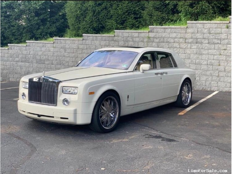 Used 2007 Rolls-Royce Phantom Sedan Limo Rolls Royce - Carlstadt, New Jersey    - $97,500