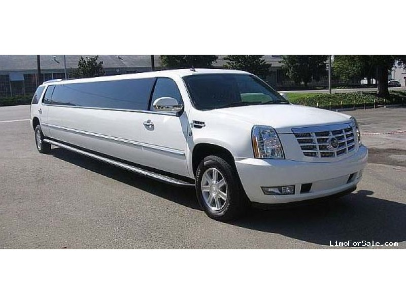 Used 2009 Cadillac Escalade SUV Stretch Limo Top Limo NY - Albany, New York    - $25,000