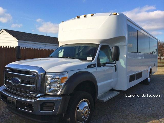 Used 2012 Ford F-550 Mini Bus Limo LGE Coachworks - Chesapeake, Virginia - $64,000