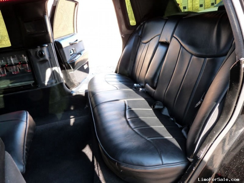 used 1995 lincoln town car sedan stretch limo minneapolis minnesota 10 000 limo for sale. Black Bedroom Furniture Sets. Home Design Ideas