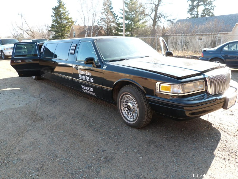 Used 1995 Lincoln Town Car Sedan Stretch Limo Minneapolis