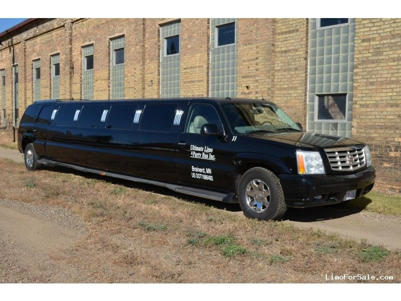 used 2004 cadillac escalade suv stretch limo minneapolis minnesota 35 000 limo for sale. Black Bedroom Furniture Sets. Home Design Ideas