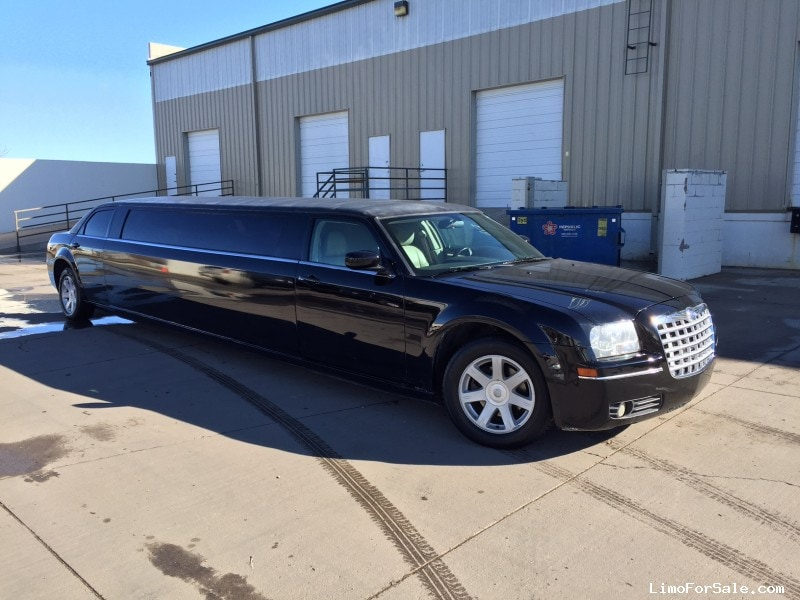 used 2005 chrysler 300 sedan stretch limo aurora colorado 17 995 limo for sale. Black Bedroom Furniture Sets. Home Design Ideas