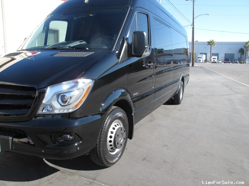 Used 2014 mercedes benz sprinter van limo las vegas for Mercedes benz limo for sale