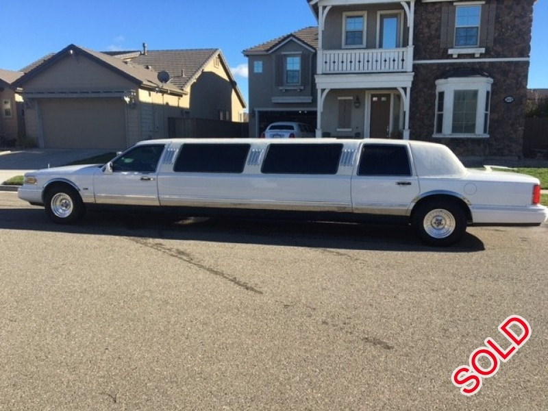 Used 1997 Lincoln Town Car Sedan Stretch Limo Tiffany Coachworks