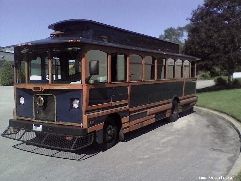 Used 1999 Boyertown Trolley Trolley Car Limo  - Warwick, Rhode Island    - $15,000