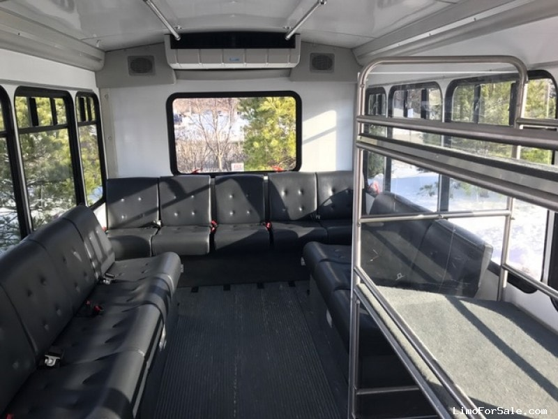 used 2014 ford e  tour starcraft bus