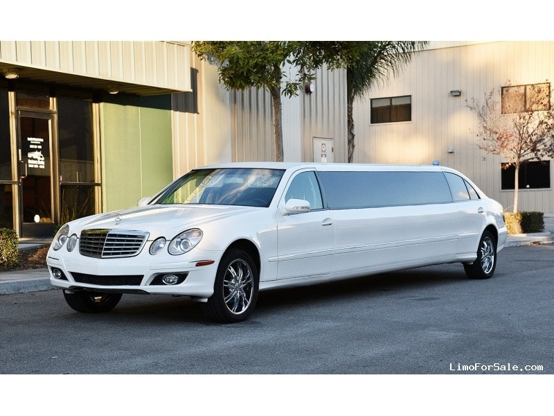 Used 2007 mercedes benz e class sedan stretch limo nova for Mercedes benz limo