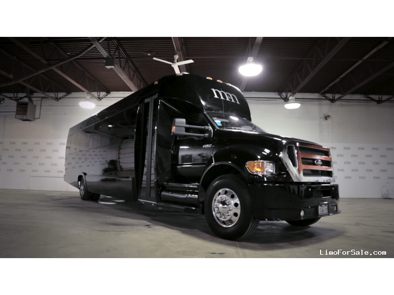 Used 2014 Ford F-650 Mini Bus Limo Tiffany Coachworks - Des Plaines, Illinois - $135,000