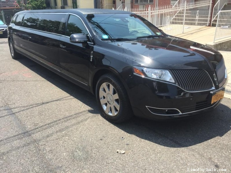 Used 2013 Lincoln MKT Sedan Stretch Limo Executive Coach Builders - Corona, New York    - $50,995