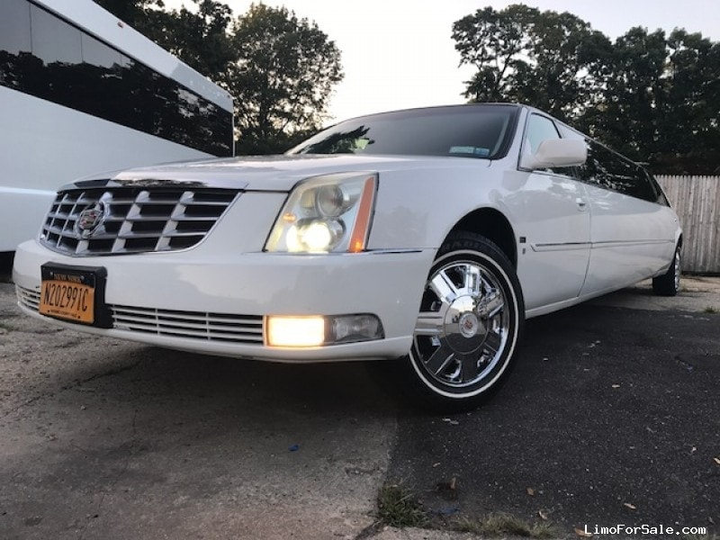 Used 2008 Cadillac DTS Sedan Stretch Limo Tiffany Coachworks - Smithtown, New York    - $14,550