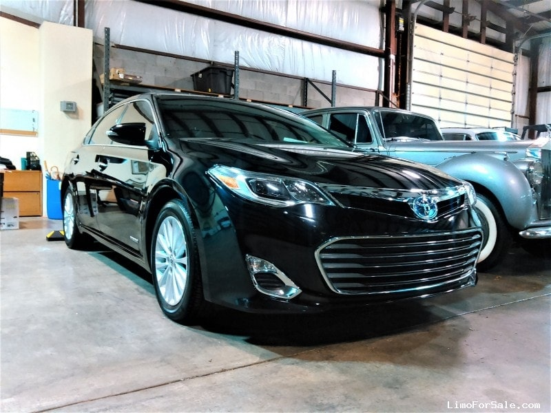 Used 2013 Toyota Avalon Livery Edition Sedan Limo  - Lexington, Kentucky - $21,985