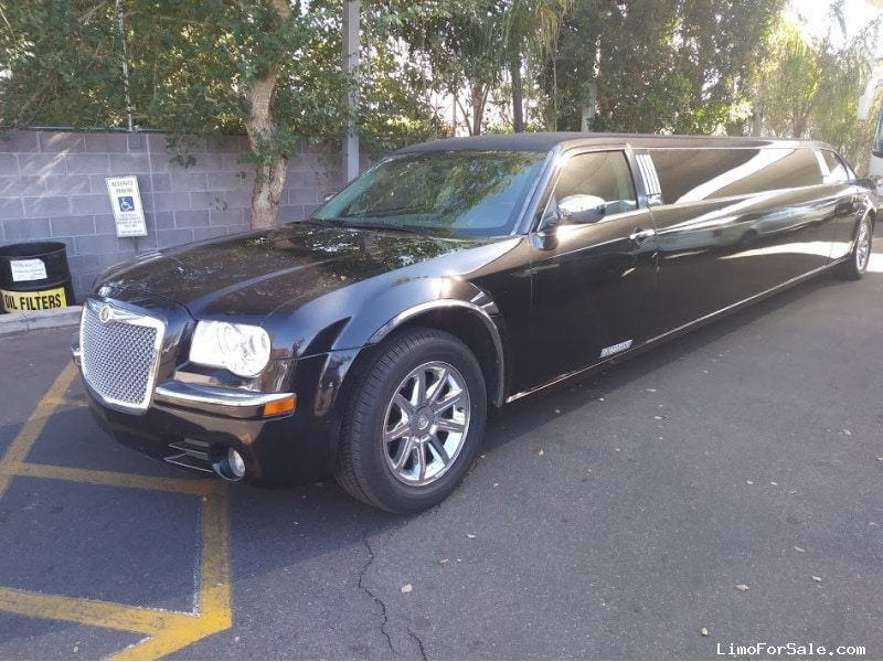Used 2005 Chrysler 300-L Sedan Stretch Limo Tiffany Coachworks - Scottsdale, Arizona  - $13,900