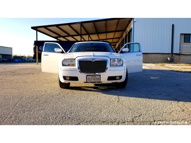 Used 2007 Chrysler 300 Sedan Stretch Limo Krystal - San Antonio, Texas - $15,900