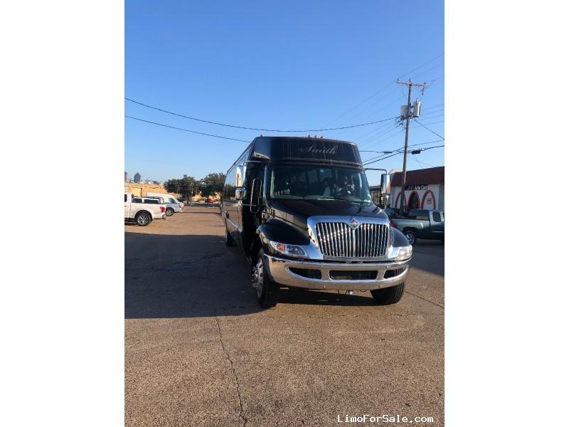 Used 2008 International LoadStar Mini Bus Shuttle / Tour Krystal - Dallas, Texas - $25,000