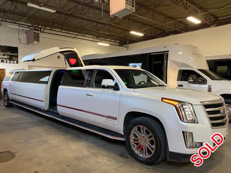 Used 2016 Cadillac Escalade ESV SUV Stretch Limo Pinnacle Limousine Manufacturing - Livonia, Michigan - $79,895