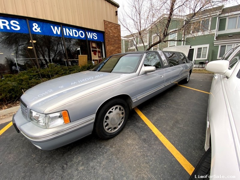Used 1998 Cadillac De Ville Sedan Limo Diamond Coach - Fort Collins, Colorado - $3,500