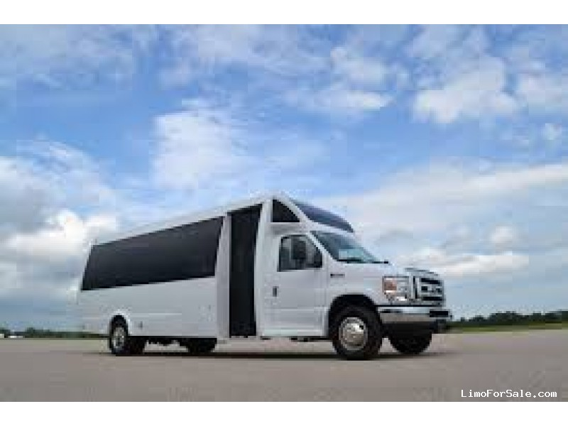 New 2021 Ford E-450 Mini Bus Shuttle / Tour Global Motor Coach - Erie, Pennsylvania