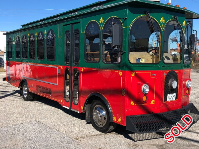 Used 2004 Ford F53 Class A Chassis Mini Trolley Supreme Corporation - Glen Burnie, Maryland - $29,500