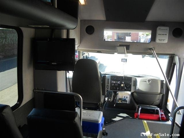 Limos For Sale >> Used 2013 IC Bus HC Series Mini Bus Shuttle / Tour ...