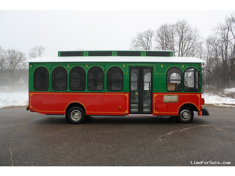 New 2016 GM Omega Trolley Car Limo