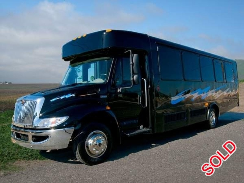 Used 2008 International 3200 Mini Bus Limo Westwind - Escondido, California - $57,500