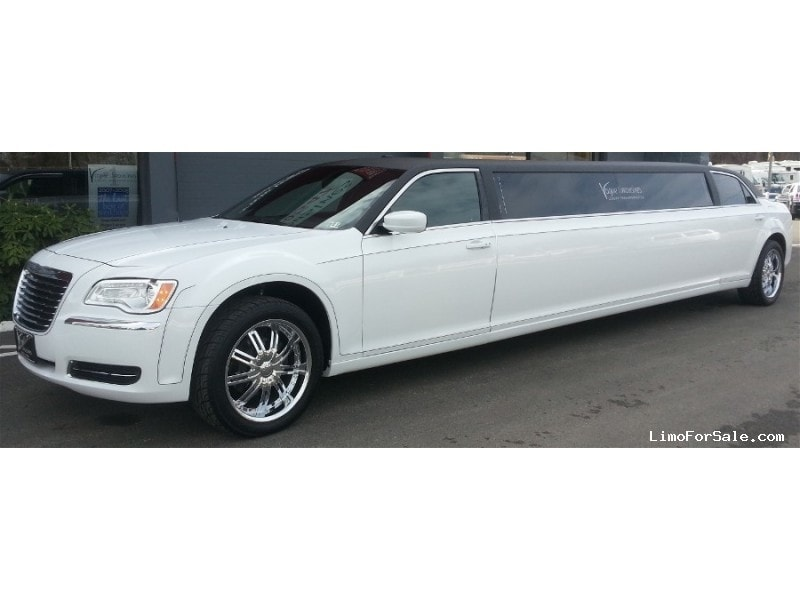 Used 2012 Chrysler 300 Sedan Stretch Limo Imperial Coachworks - Jeannette, Pennsylvania - $39,995